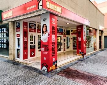 Tienda Abierto 25 Horas Calle Pintor Zuloaga 17-19, esquina Alonso  Cano - Cadiz