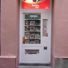 Expendedora de productos cárnicos en Cárnicas Lifara - Epila