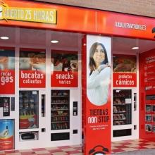 Expendedora de recargas telefónicas modelo Eravending Maxi Online en Tienda Abierto 25 Horas en Ejea de los Caballeros