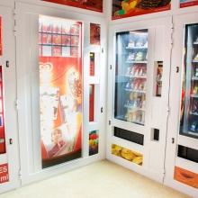 Expendedora de helados en Tienda Abierto 25 Horas en Mahon - Menorca