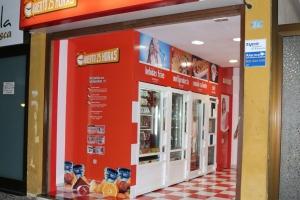Nueva tienda automática , ABIERTO 25 HORAS  , en calle San Juan 24 de Puerto de la cruz , Tenerife.