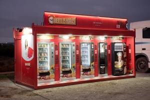 Nueva tienda móvil , abierto 25 horas , con 5 expendedoras , trasportable .