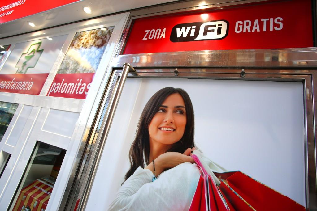 Wifi gratis para todos los clientes de nuestra tienda.